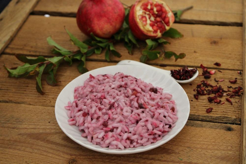 dried pomegranate-rice
