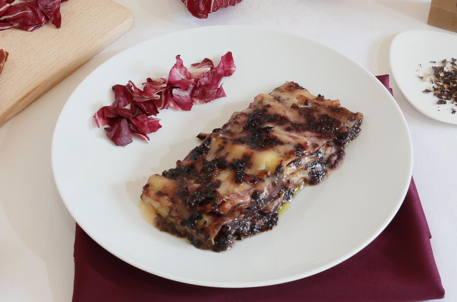 lasagna with dried red chicory